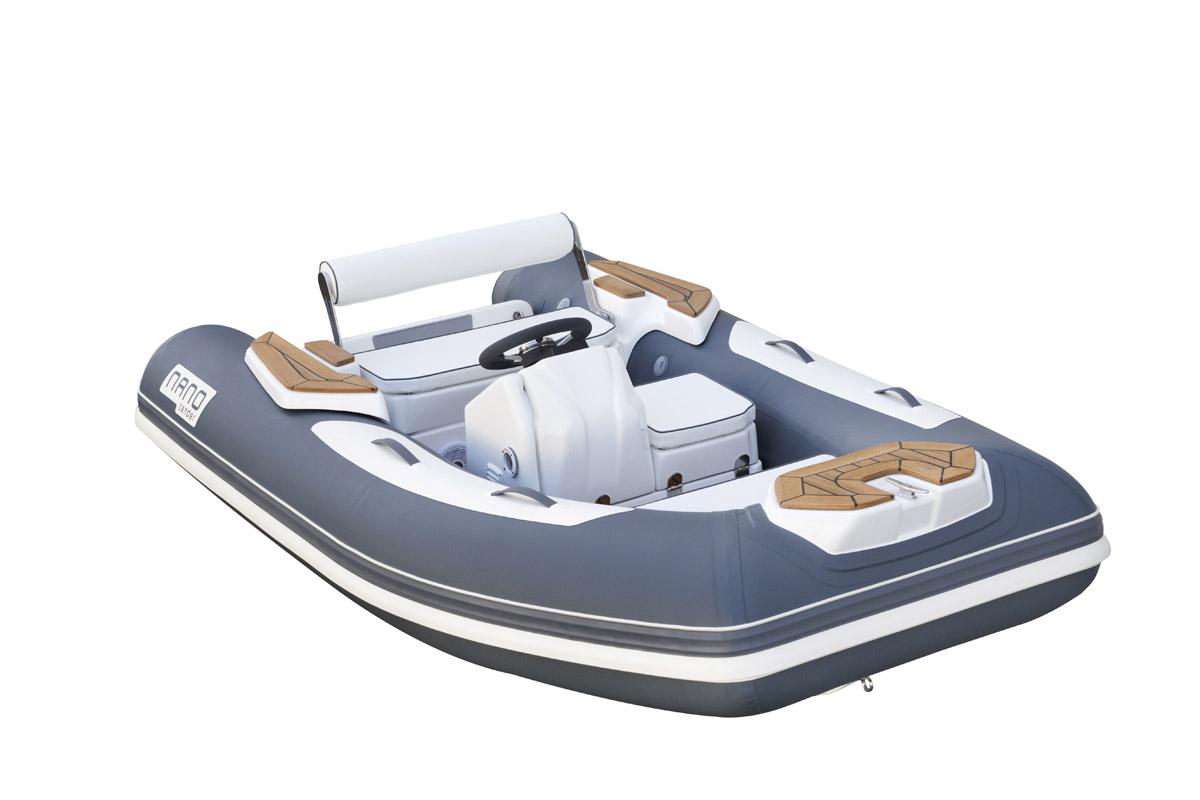 fotografia; still life; fondo bianco; imbarcazioni; nautica; battelli; fotografo